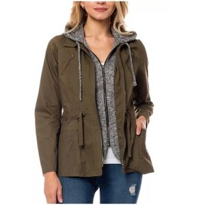 A5️⃣🌟! 🎉HP🎉Hoodie Layered Utility Jacket! NEW!